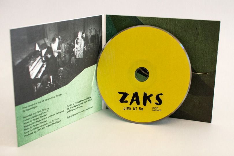 4zaks-inside-w-disc